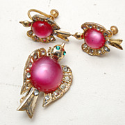 Pink Lucite Dove Brooch and Earring Set