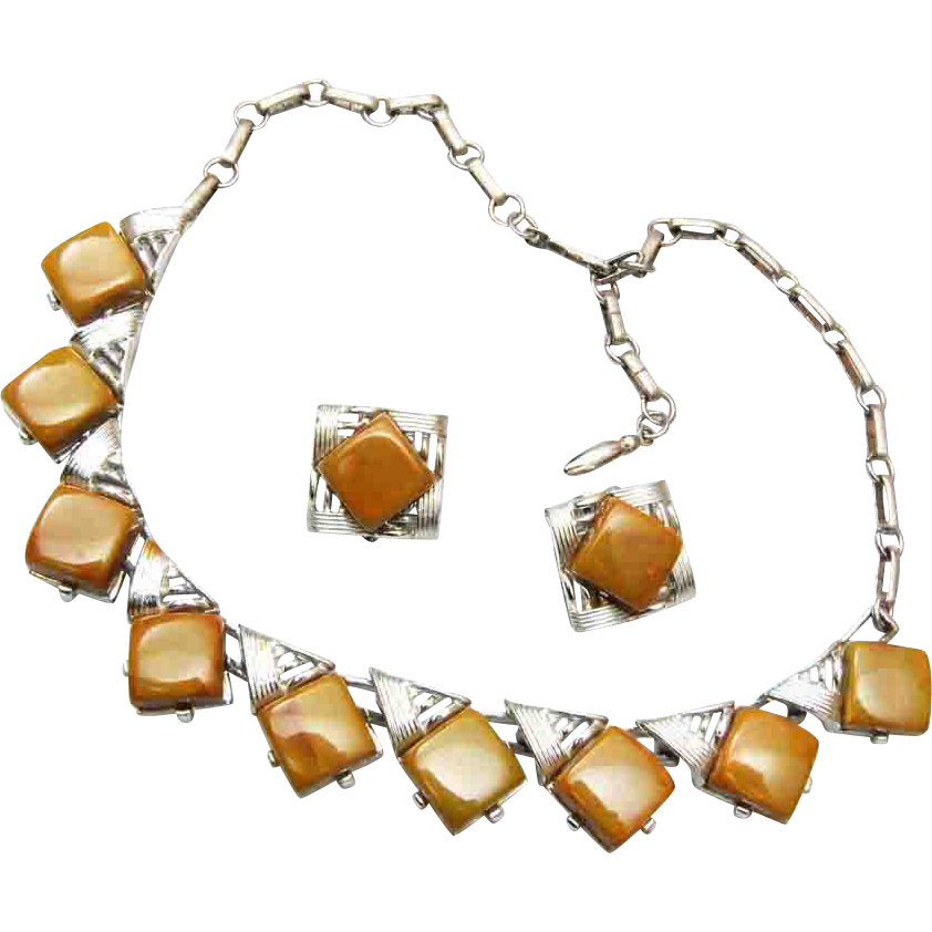 Coro Bakelite Necklace and Earring Set