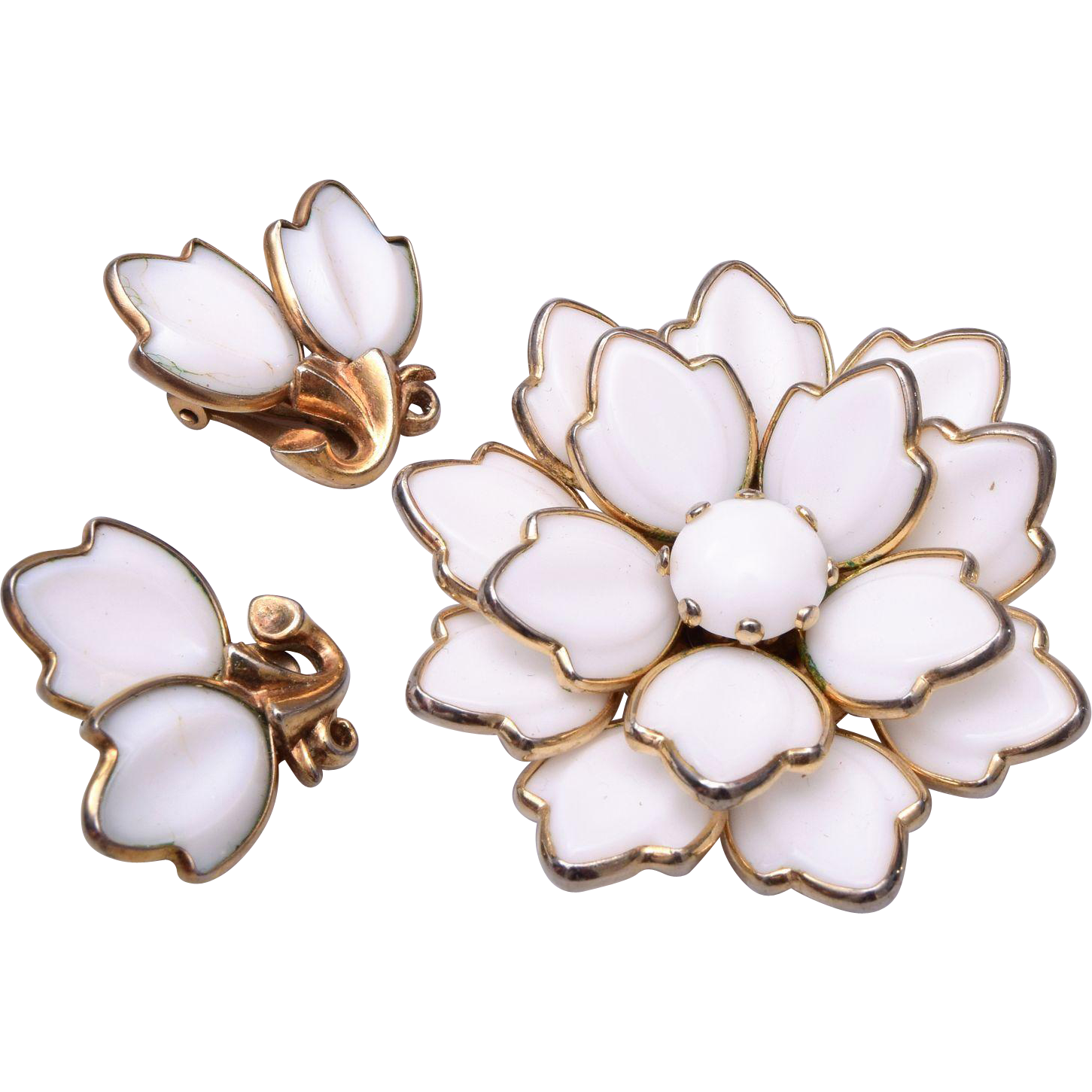 Trifari Pre 1955 Dogwood Milk Glass Brooch/Pendant and Earrings Set