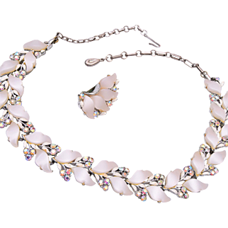 Lisner White Leaf Necklace and Earring Set