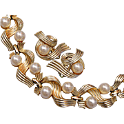 Lisner Gold Tone and Faux Pearl Bracelet and Earrings Set