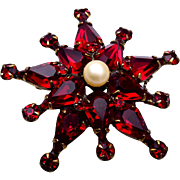 Adele Simpson Red Rhinestone Star Brooch