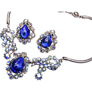 Hollycraft Copr 1959 Blue Rhinestone Necklace and Earring Set