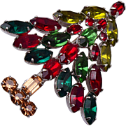 Red and Green Christmas Tree Brooch