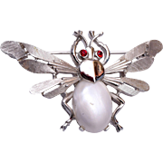 Trifari Pearl Belly Fly Brooch