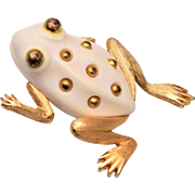 Trifari Molded Frog Brooch