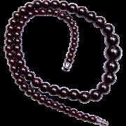 Beautiful Graduated Garnet Necklace