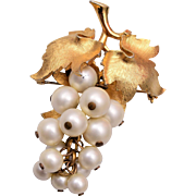 Boucher 2083 Faux Pearl Grape Brooch