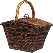 French Woven Wicker Basket / Picnic Basket / Sewing Basket