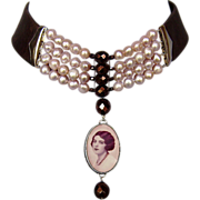 Pearls crystals on leather choker vintage lady image cameo silver pendant