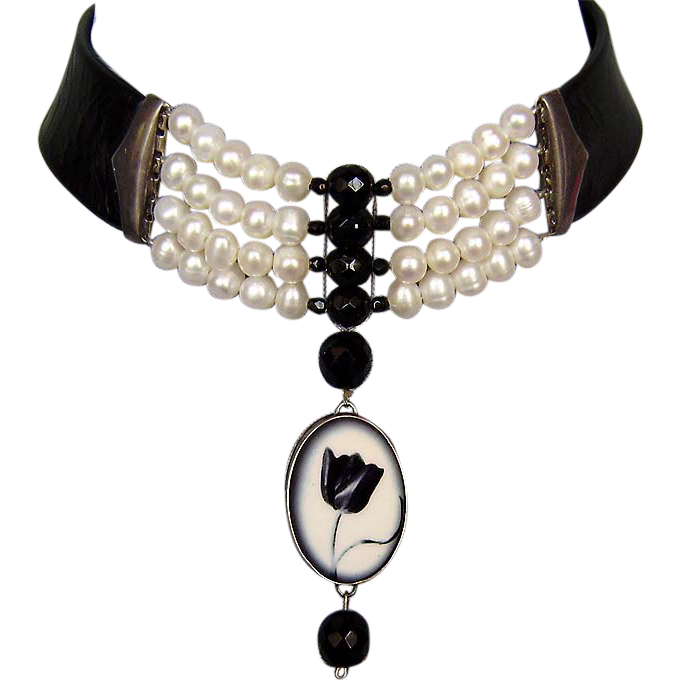 Tulip cameo silver pendant freshwater pearls leather necklace choker