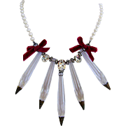 Vintage chandelier crystal pendant contemporary pearl necklace. High-end necklace design.