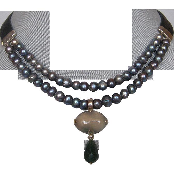 Gray freshwater pearls leather choker agate aventurine pendant