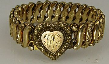 1930's Sweetheart Love Token Carmen HEART Bracelet