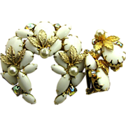 Delightful White Wreath Juliana Rhinestone Pin & Earrings Set