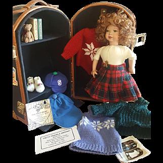 "1997 Walt Disney World Teddy Bear & Doll Convention 10"" PATTY TRAVELS ABROAD by Sarah's Attic Limited 6/12"