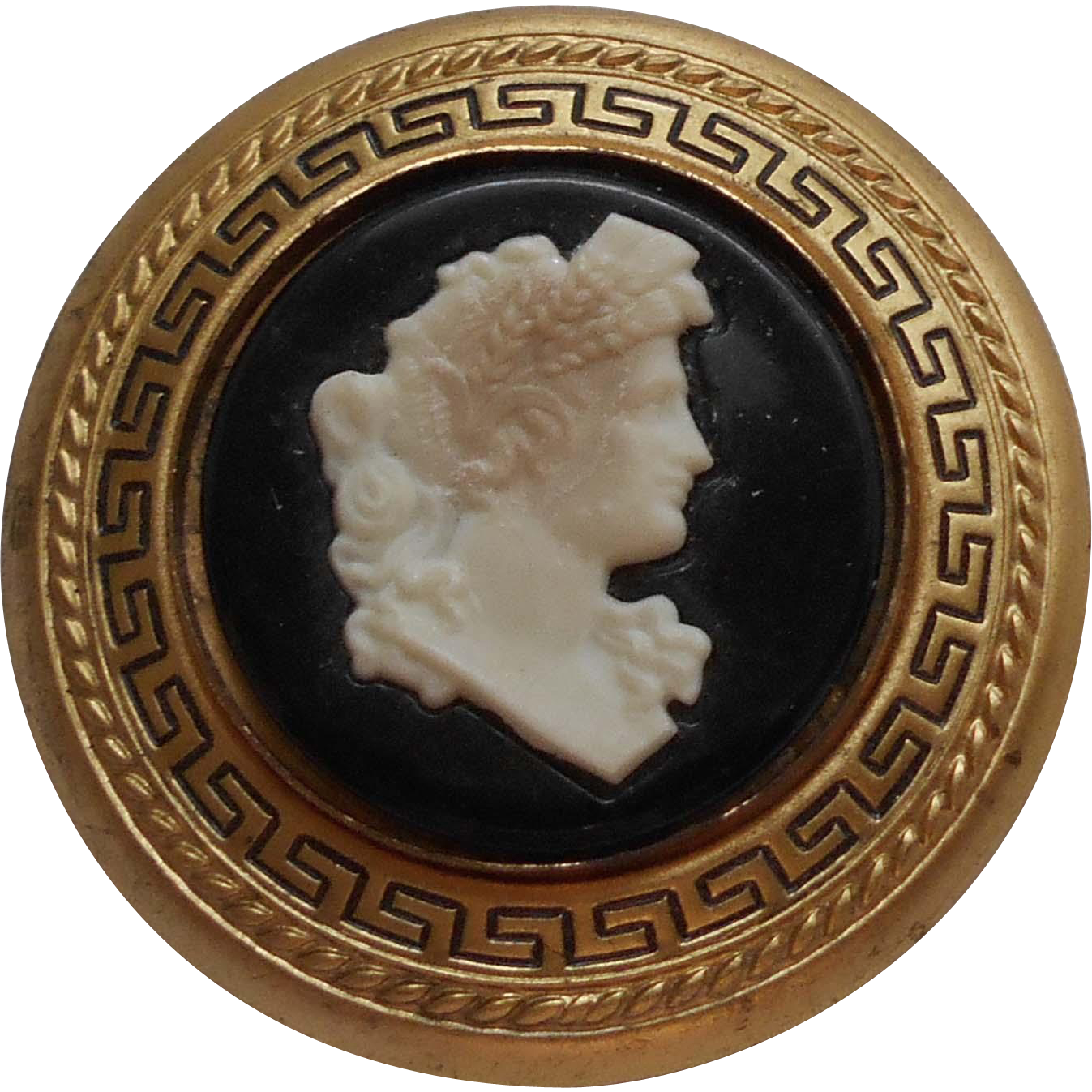 Vintage 1930's GWTW Lux Soap Scarlett's Cameo Brooch Premium ~ Like the one Scarlett Wore in Gone With the Wind