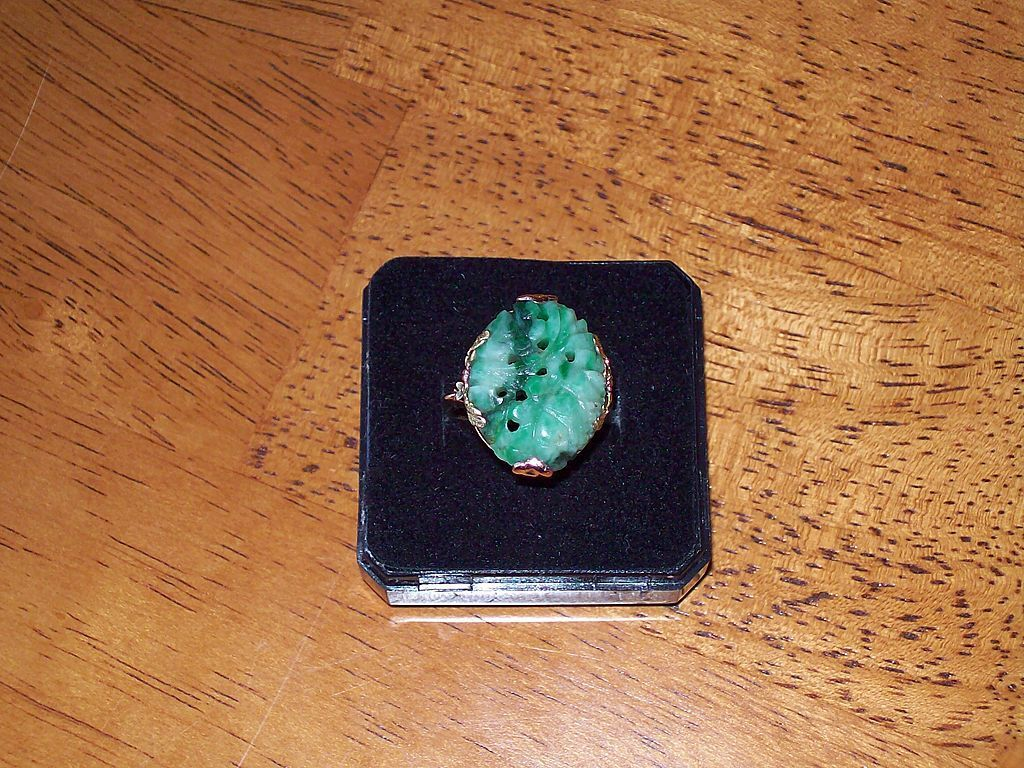Jadeite and Tri Colored 18 Karat Gold Estate Ring - Circa 1920